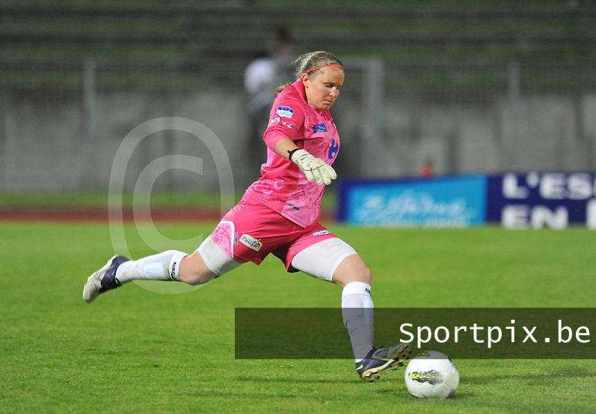 Football Club Feminin Juvisy Essonne - Olympique Lyon :.Audrey Malet.foto DAVID CATRY / JOKE VUYLSTEKE / Vrouwenteam.be