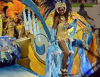 SAO PAULO, SP, 09 FEVEREIRO 2013 - CARNAVAL SP - DESFILE DA ESCOLA DE SAMBA UNIDOS DE VILA MARIA durante o segundo dia de desfiles do Grupo Especial no Sambódromo do Anhembi na região norte da capital paulista, nesta madrugada, 10. (FOTO: ALAN MORICI / BRAZIL PHOTO PRESS).