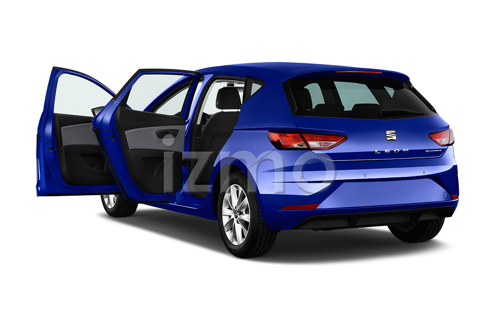 Car images of 2017 Seat Leon Style 5 Door Hatchback Doors