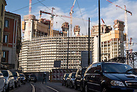 "milano, cantieri per il progetto di riqualificazione dell'area di porta nuova --- milan, construction sites for the requalification project of the ""porta nuova"" area."