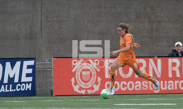Goal scorer, Sky Blue FC midfielder Heather O'Reilly (9) moves down the wing. Sky Blue FC defeated the Boston Breakers, 2-1, at Harvard Stadium on June 13, 2010.