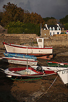 Europe/France/Bretagne/56/Morbihan/Plouhinec: Le Port du Vieux Passage  sur la ria d'Étel , bras de mer qui s'avance profondément dans les terres