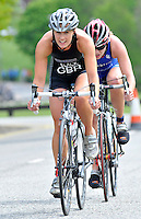 Photo: Paul Greenwood/Richard Lane Photography. Strathclyde Park Elite Triathlon. 17/05/2009. .England's  Jaqui Slack, left, is pursued by England's Vicki Holland.