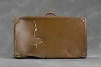 Willard Suitcases / Raymond H.