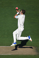 Tim Southee bowing.<br /> New Zealand Blackcaps v England. 1st day/night test match. Eden Park, Auckland, New Zealand. Day 4, Sunday 25 March 2018. &copy; Copyright Photo: Andrew Cornaga / www.Photosport.nz