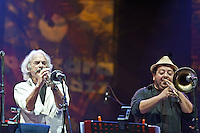 """PESCARA (PE) 15/06/2012 - ENRICO RAVA SI ESIBISCE AL PESCARA JAZZ CON LO SPETTACOLO """"WE WANT MICHAEL"""". UNO SPETTACOLO TUTTO REINTERPRETATO DAL TROMBETTISTA RAVA SULLE MUSICHE DEL GRANDE MICHAEL JACKSON.  FOTO DI LORETO ADAMO"""