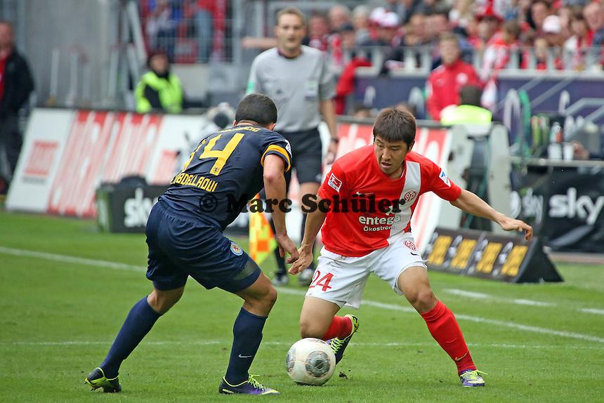 Joo-Ho Park (Mainz) gegen Omar Elabdellaoui (Braunschweig) - 1. FSV Mainz 05 vs. Eintracht Braunschweig, Coface Arena, 10. Spieltag