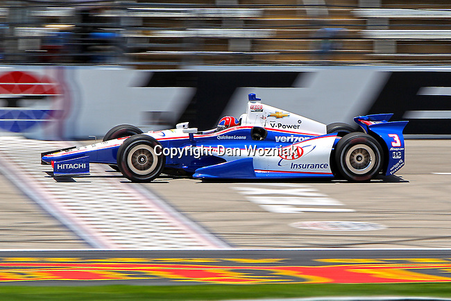 Helio Castroneves (3) driver for Team Penske in action during qualifying for the IZOD Indycar Firestone 550 race at Texas Motor Speedway in Fort Worth,Texas.