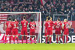 10.02.2018, Allianz Arena, Muenchen, GER, 1.FBL,  FC Bayern Muenchen vs. FC Schalke 04, im Bild DIe Bayern feiern den Sieg<br /> <br />  Foto &copy; nordphoto / Straubmeier