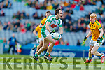 Eoin Doody, Na Gaeil in action against Daire Bolger, Rathgarogue-Cushingstown during the AIB GAA Football All-Ireland Junior Club Championship Final match between Na Gaeil and Rathgarogue-Cushinstown at Croke Park on Saturday.
