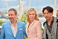 Denis Villeneuve, Cate Blanchett &amp; Chang Chen at the photocall for the Cannes Jury at the 71st Festival de Cannes, Cannes, France 08 May 2018<br /> Picture: Paul Smith/Featureflash/SilverHub 0208 004 5359 sales@silverhubmedia.com