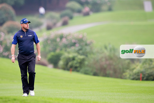 Lee Westwood (ENG) on the 2nd during round 2 at the WGC-HSBC Champions, Sheshan International GC, Shanghai, China PR.  28/10/2016<br /> Picture: Golffile | Fran Caffrey<br /> <br /> <br /> All photo usage must carry mandatory copyright credit (&copy; Golffile | Fran Caffrey)