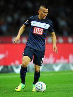 1. Oktober 2011: Berlin, Olympiastadion: Fussball 1. Bundesliga, 8. Spieltag: Hertha BSC - 1. FC Koeln: Berlins Aenis Ben-Hatira am Ball.