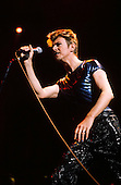 DAVID BOWIE - performing live on the Outside Tour of the USA at the Palace of Auburn Hills in Auburn Hills Michigan USA - 03 Oct 1995.  Photo credit: Ken Settle/Dalle/IconicPix **UK ONLY**
