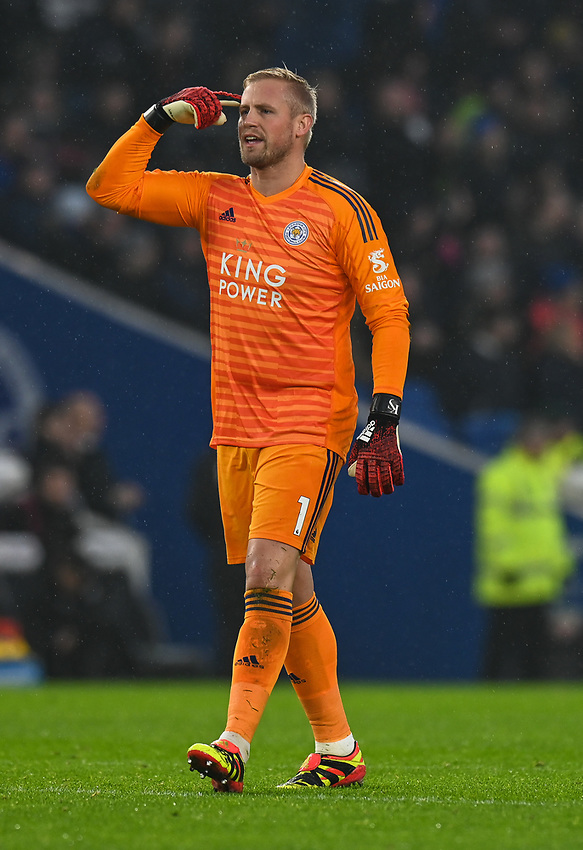 Leicester City's Kasper Schmeichel not happy with his run in with Brighton & Hove Albion's Pascal Gross <br /> <br /> Photographer David Horton/CameraSport<br /> <br /> The Premier League - Brighton and Hove Albion v Leicester City - Saturday 24th November 2018 - The Amex Stadium - Brighton<br /> <br /> World Copyright © 2018 CameraSport. All rights reserved. 43 Linden Ave. Countesthorpe. Leicester. England. LE8 5PG - Tel: +44 (0) 116 277 4147 - admin@camerasport.com - www.camerasport.com