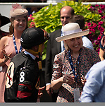 Toronto, Ontario. #8, Delta Prince, wins the Grade II King Edward Stakes. Javier Castellano congratulates Elfreide Sallmutter in the Winners Circle at the 159th Queen's Plate Festival at Woodbine Racetrack in Toronto, Ontario, Canada on June 30th, 2018. (Photo by Carson Dennis/Eclipse Sportswire/Getty Images)