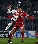 20.02.2018, Allianz Arena, M&uuml;nchen, GER, UEFA CL, FC Bayern M&uuml;nchen (GER) vs Besiktas Istanbul (TR) , im Bild<br />Robert Lewandowski (M&uuml;nchen), Pepe (Instanbul)<br /><br /><br /> Foto &copy; nordphoto / Bratic