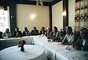Iraq 1991<br /> Meeting of the Kurdish coalition with political personalities<br /> Irak 1991<br /> Reunion du Front du Kurdistan avec les personnalites politiques