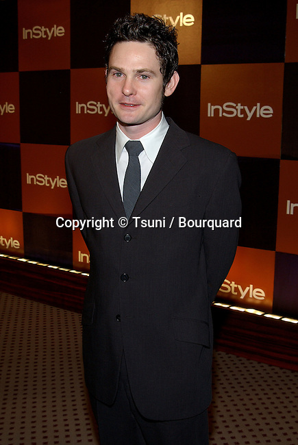 """Henry Thomas arriving at the Golden Globes Awards,""""In Style After Party""""  at the Beverly Hilton Hotel in Los Angeles. January 19, 2003.            -            ThomasHenry302.jpg"""