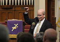 NWA Democrat-Gazette/BEN GOFF @NWABENGOFF<br /> Jim Swearingen tells a humorous story on Sunday March 13, 2016 during the Laughter Sunday service at First United Methodist Church in Rogers.