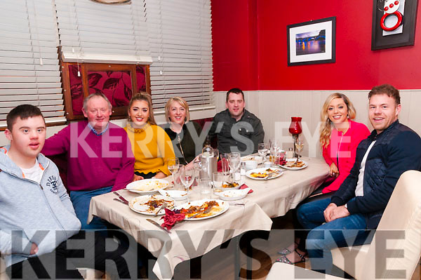 19th Birthday : Amy Lynch, Ballyduff celebrating her 19th birthday with family at eabha Joan's Restaurant, Listowel on Saturday night last. L-R: Donal, dan, Amy, Mary, Damien & Lazura Lynch & Thomas Moloney.