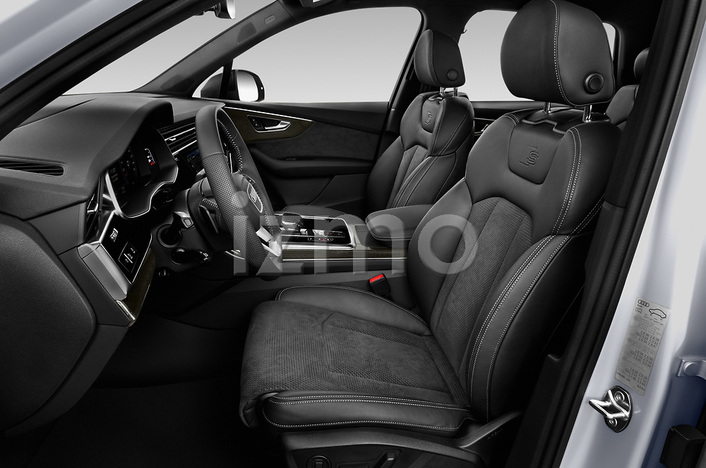 Front seat view of 2020 Audi Q7 S-Line 5 Door SUV Front Seat  car photos