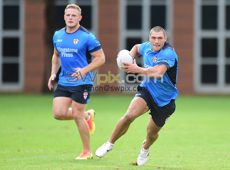 Picture by Alex Broadway/SWpix.com - 16/10/2016 - Rugby League - England Rugby League Training Session - HAC, London, United Kingdom - Ryan Hall of England.
