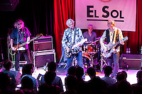 Bill Rieflin, Peter Buck and Scott McCaughey performing  at the  Sol  Club in Madrid
