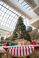 Holiday Decor at The Shops at Montebello in Los Angeles on December 17, 2017 (Photo by Tony Ducret/Guest of a Guest)