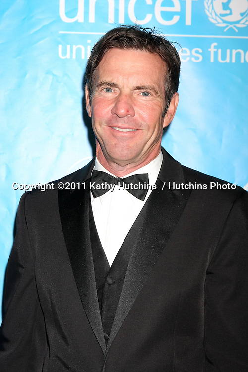 LOS ANGELES - DEC 8:  Dennis Quaid arrives at the 2011 UNICEF Ball at Beverly Wilshire Hotel on December 8, 2011 in Beverly Hills, CA