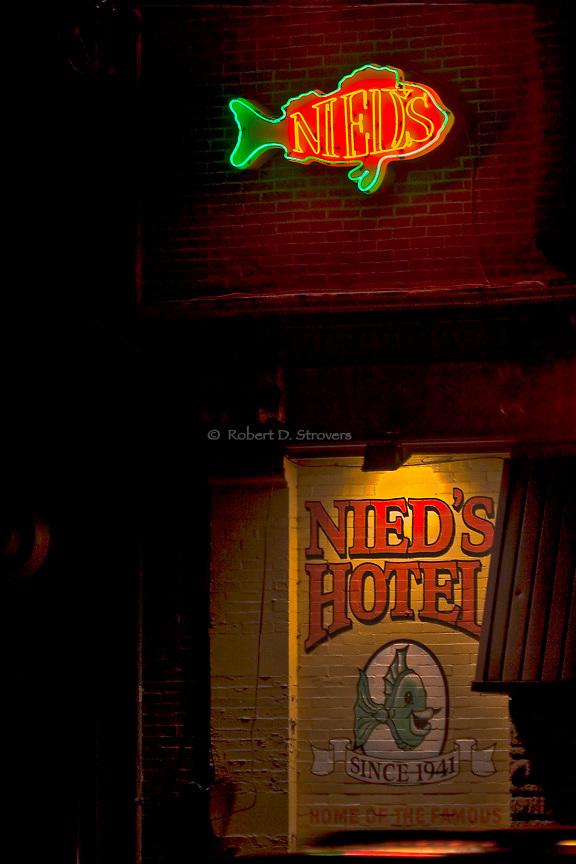 Pittsburgh's Neighborhoods - Lawrenceville - Nied's Hotel