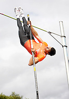 Photo: Richard Lane/Richard Lane Photography..Aviva British Grand Prix. 31/08/2009. Great Britain's Steve Lewis in the men's pole vault.
