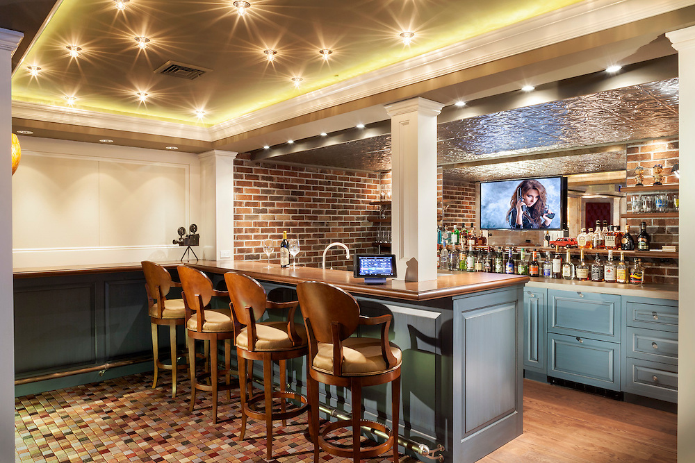 Theater Entertainment Area/Bar adds convenience.