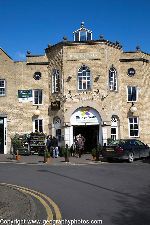 Bishop's Walk shopping centre, Cirencester, Gloucestershire, England, UK,