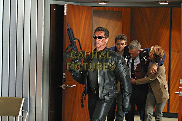 ARNOLD SCHWARZENEGGER, NICK STAHL, DAVID.ANDREWS & CLAIRE DANES .in Terminator 3: Rise of the Machines.Filmstill - Editorial Use Only.Ref: FB.www.capitalpictures.com.sales@capitalpictures.com.Supplied by Capital Pictures