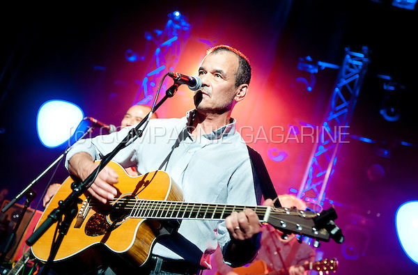 Dutch musician and singer-songwriter Ernst Jansz performing at the Radio 1 Sessies, in Antwerp (Belgium, 19/11/2015)