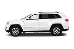 Car Driver side profile view of a 2015 JEEP GRAND CHEROKEE Limited 5 Door SUV 4WD Side View