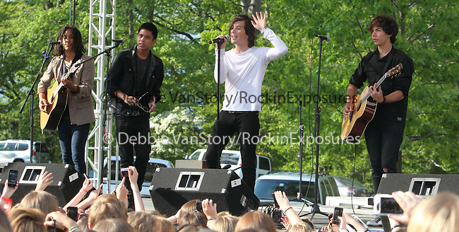 Allstar Weekend performs at Rockford Park in Wilmington, Delaware May 7, 2011. .Copyright EML/Rockinexposures.com.