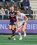 AMSTELVEEN - Donja Zwinkels (OR) tijdens de hoofdklasse hockeywedstrijd dames,  Amsterdam-Oranje Rood (2-2) .   COPYRIGHT KOEN SUYK