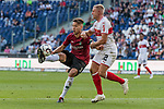 06.10.2018, HDI Arena, Hannover, GER, 1.FBL, Hannover 96 vs VfB Stuttgart<br /> <br /> DFL REGULATIONS PROHIBIT ANY USE OF PHOTOGRAPHS AS IMAGE SEQUENCES AND/OR QUASI-VIDEO.<br /> <br /> im Bild / picture shows<br /> Waldemar Anton (Hannover 96 #31) im Duell / im Zweikampf mit Andreas Beck (VfB Stuttgart #32), <br /> <br /> Foto &copy; nordphoto / Ewert
