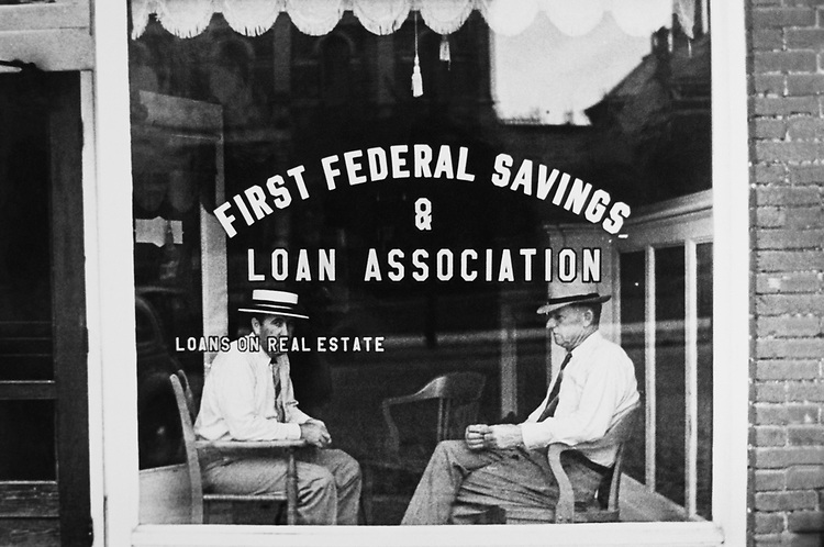First Federal Savings and Loan Association office at Ohio summer, in 1938. (Photo by CQ Roll Call via Getty Images)