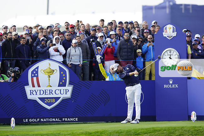 Webb Simpson (Team USA) on the 10th tee during the friday foursomes at the Ryder Cup, Le Golf National, Ile-de-France, France. 28/09/2018.<br /> Picture Fran Caffrey / Golffile.ie<br /> <br /> All photo usage must carry mandatory copyright credit (© Golffile   Fran Caffrey)