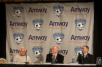 Steve Lieberman, Managing Director of Amway Global, Lew Wolff, San Jose Earthquakes Owner, and Executive Vice President David Alioto..The San Jose Earthquakes and Amway Global announced a historic three-year partnership agreement today that will include Amway GlobalÕs name on the front of the Earthquakes jerseys beginning in 2009. The partnership also features a number of in-stadium, community and grassroots components that will provide greater visibility for both the Earthquakes and Amway Global.