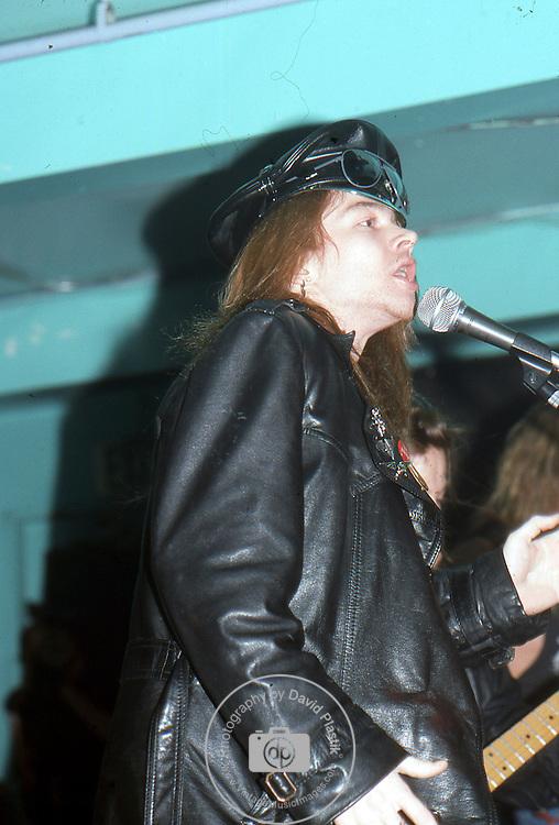 Guns-N-Roses-184.jpg