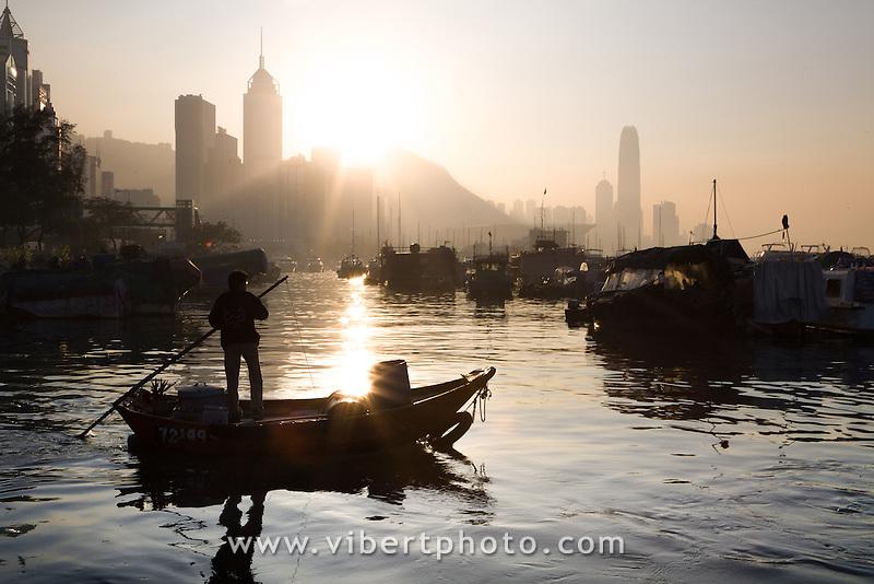 Asie, Chine, Hong-Kong, Causeway Bay sunset..Photo : Vibert / Actionreporter.com - 33.1.42.52.73.86 - vibert@actionreporter.com