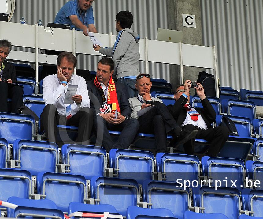 Belgium - Poland : Ives Serneels (midden) en Steven Martens<br /> foto David Catry / nikonpro.be