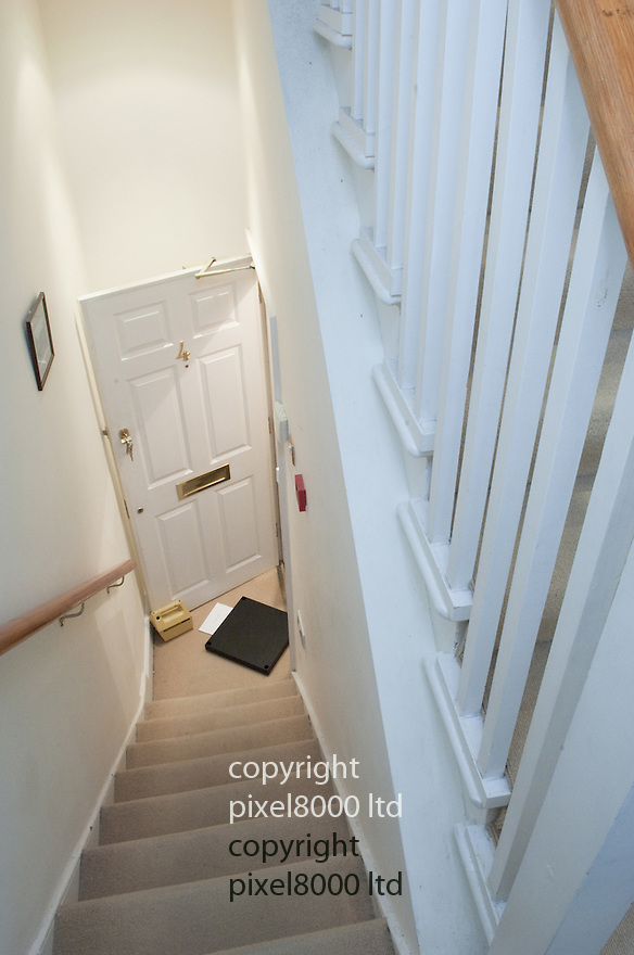Gareth Williams - MI6 body in holdall  inquest.Images of the flat in Pimlico where he died...Pic by Gavin Rodgers/Pixel 8000 Ltd