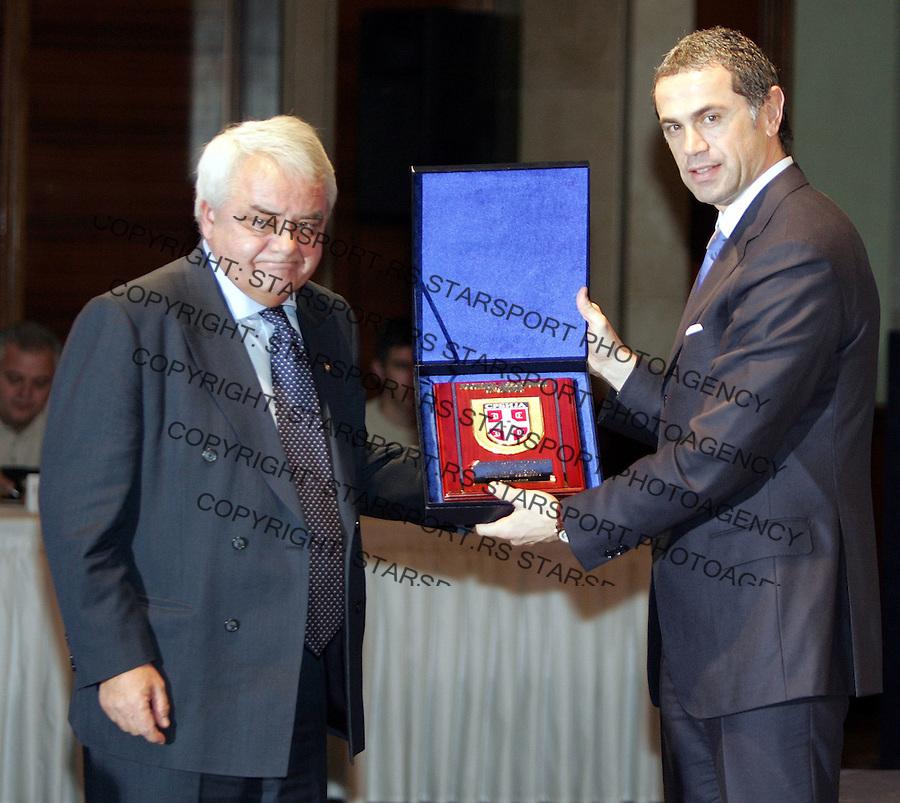 Fudbal, Fudbalski savez Srbije&amp;#xD; Zvezdan Terzic (predsednik fudbalskog saveza Srbije) and Per-Ravn Omdal (podpredsednik UEFA)&amp;#xD;Beograd, 14.12.2006.&amp;#xD;foto: SRDJAN STEVANOVIC<br />
