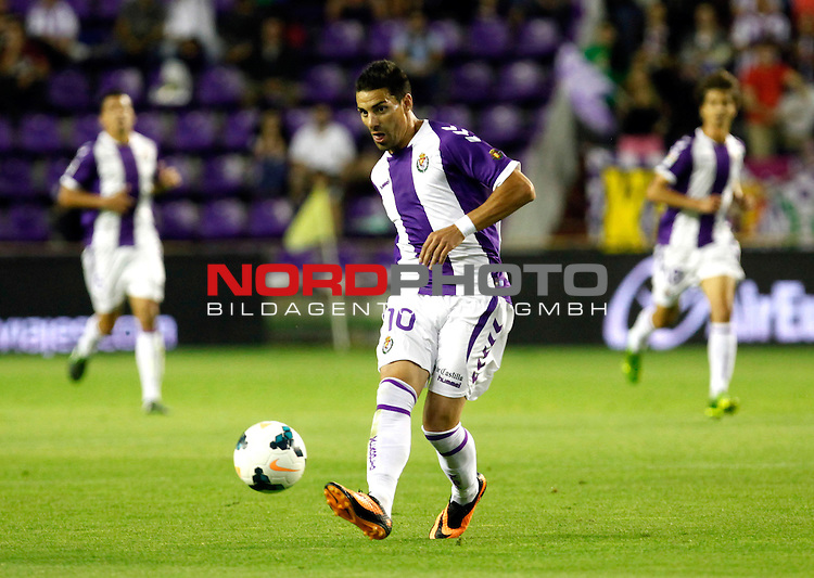 Real Valladolid¬¥s Oscar during La Liga match.August 31,2013. Foto © nph / Victor Blanco)