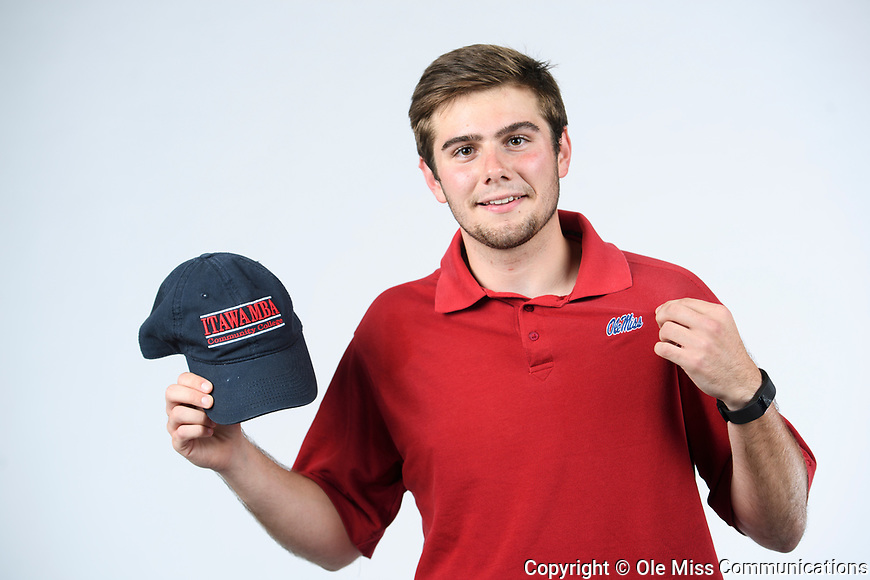 Chauncey Mullins. 2017 Orientation Leaders. Photo by Thomas Graning/Ole Miss Communications